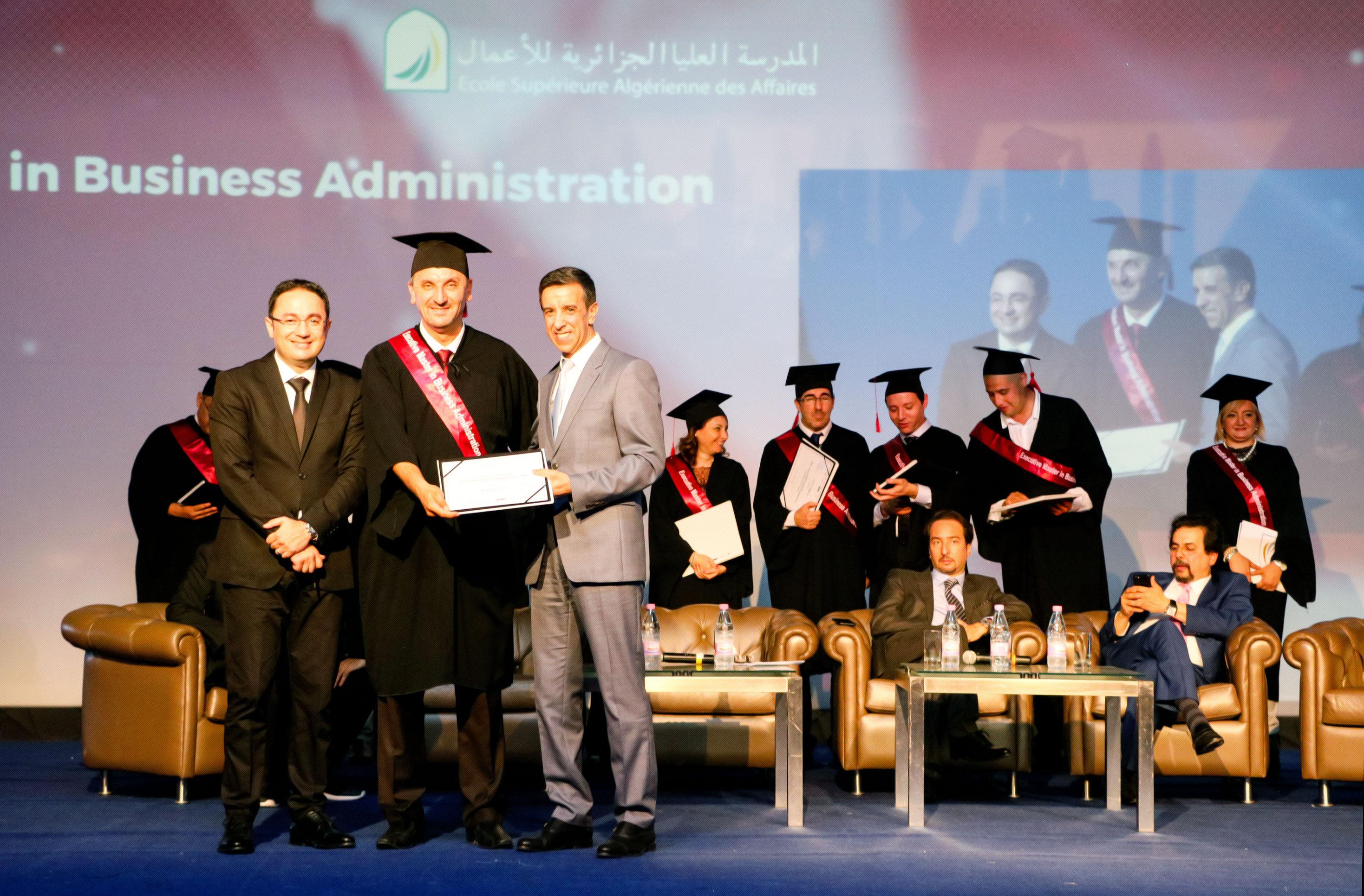 Cérémonie de remise des diplômes de l'ESAA