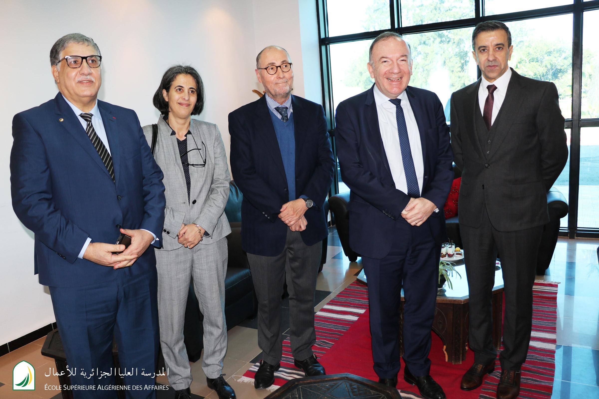 Pierre Gattaz en visite à l'ESAA